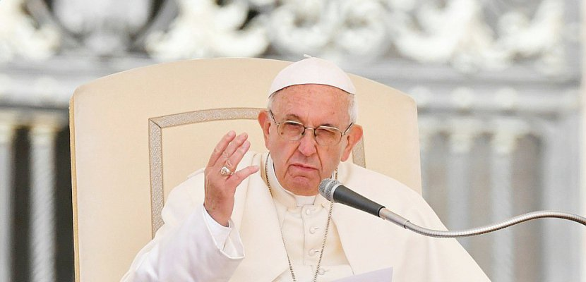 """Proche-Orient: le pape """"très préoccupé"""" par la """"spirale de violence"""""""
