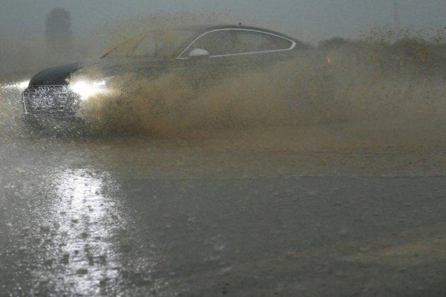 Orages et inondations: un homme noyé dans son véhicule en Normandie