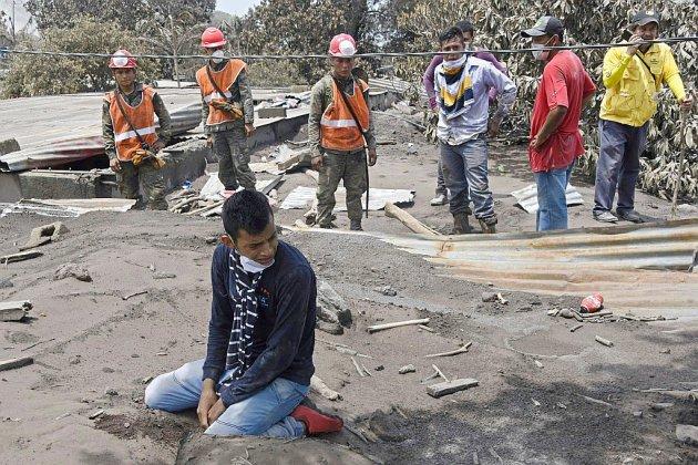 Volcan au Guatemala: le bilan s'alourdit à 109 morts, recherches suspendues