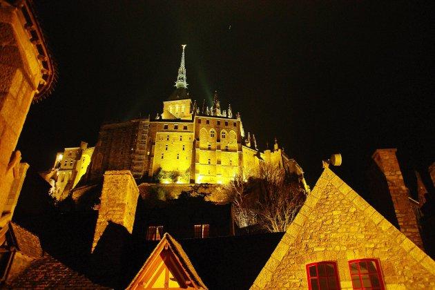 Village préféré: Le-Mont-Saint-Michel battu par Cassel, dans le Nord