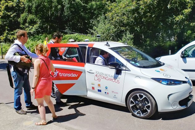 [Vidéos et photos] Au volant de la voiture autonome près de Rouen