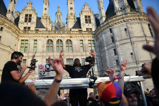 "Le ""roi des DJ"", Carl Cox, mixe à Chambord"