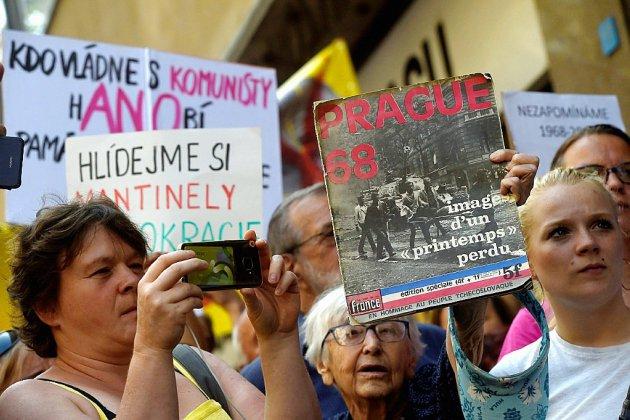 """Appels à la liberté 50 ans après l'écrasement du """"Printemps de Prague"""""""