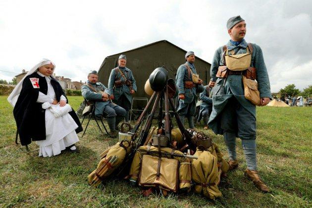 Des passionnés font revivre les affres de Verdun, symbole de la Grande Guerre