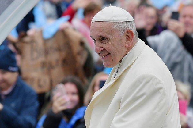 Choc dans la communauté LGBT après les propos du pape sur les enfants homosexuels