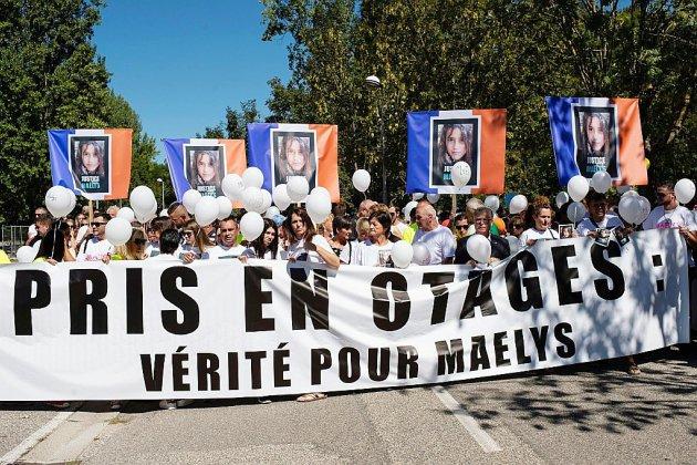Marche blanche pour Maëlys, un an après sa mort: toujours la quête de la vérité