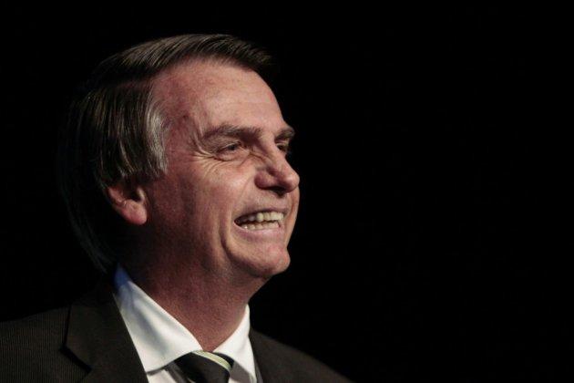 Au Brésil, un stand de tir pour les