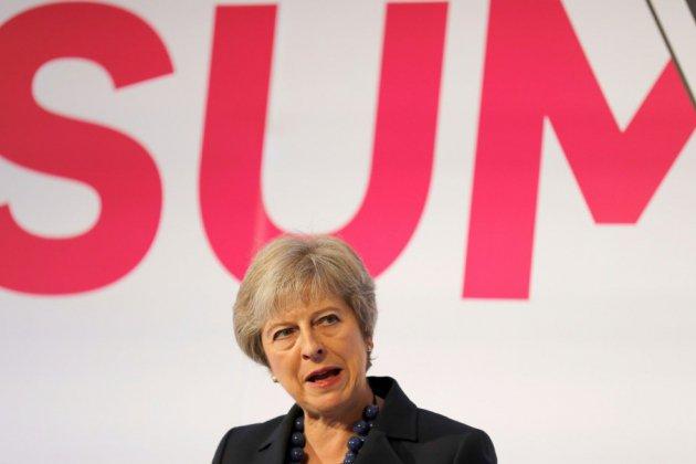 Theresa May, la résilience à l'épreuve du Brexit
