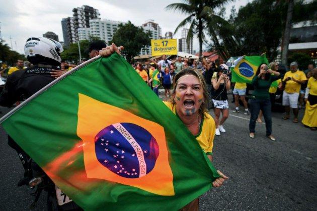 Brésil: une présidentielle sous la menace de l'extrême droite