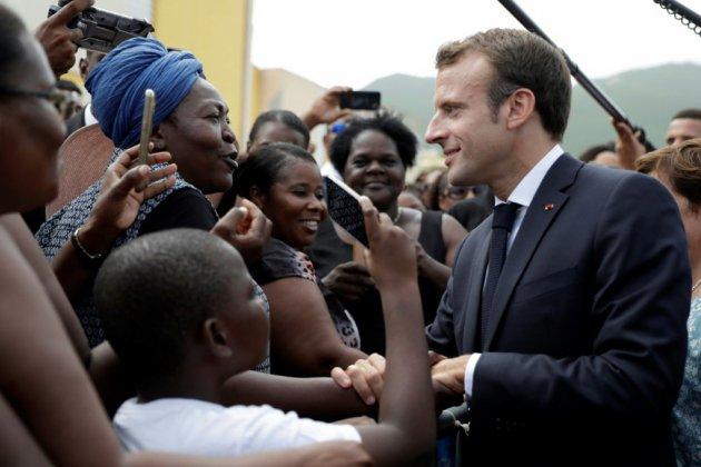 """""""L'Etat est là"""": Macron s'efforce de rassurer Saint-Martin, un an après Irma"""