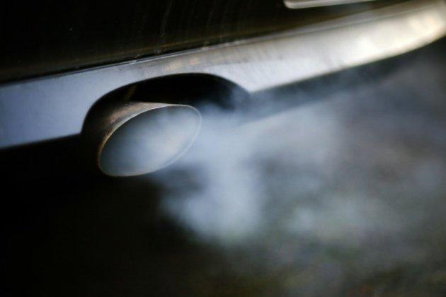 Les pays de l'UE bouclent un accord au forceps pour réduire les émissions des voitures