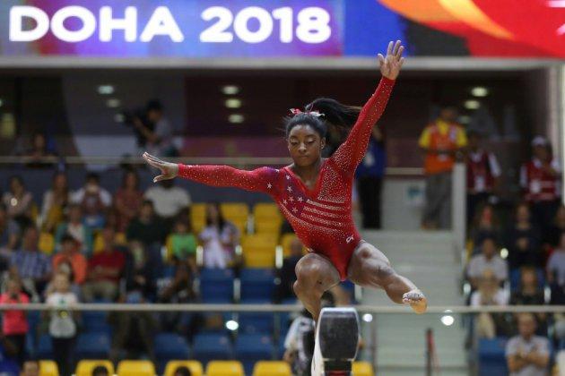 Mondiaux de gymnastique: le début du show Biles, les Françaises proches du podium