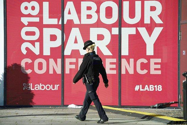 Royaume-Uni: enquête criminelle sur des accusations d'antisémitisme au sein du Labour