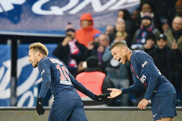 Le PSG bat Lille et finit bien une journée difficile