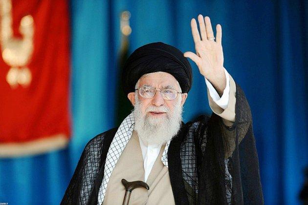 Le numéro un iranien s'en prend à Trump avant de nouvelles sanctions