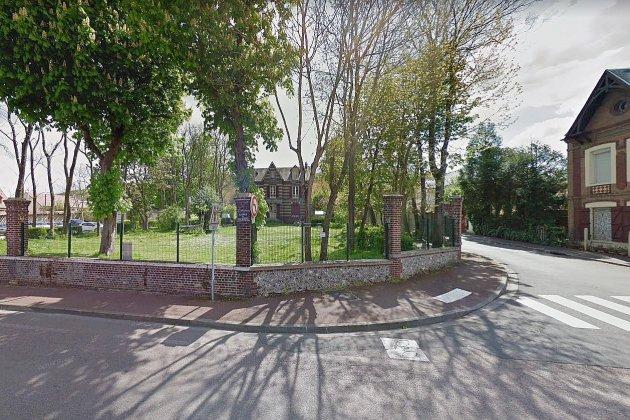 Près de Rouen, le collectif La Garenne évacué d'un nouveau squat