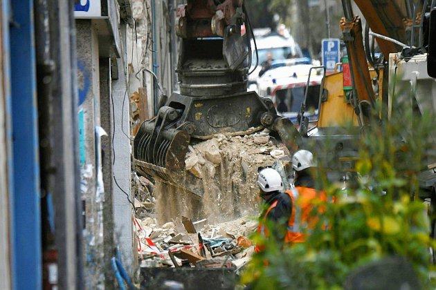 A Marseille, les chances de trouver des survivants sous les décombres s'amenuisent