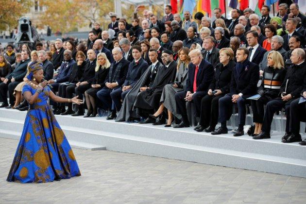 Au son des cloches et du clairon, 70 dirigeants mondiaux sous l'Arc de Triomphe