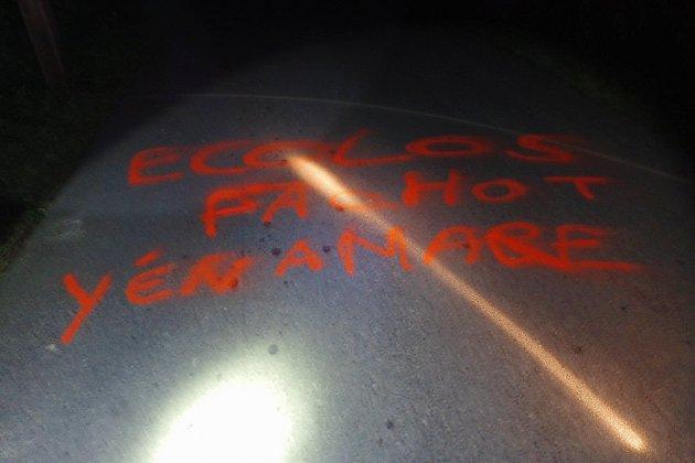 À Vauville, un message d'insulte sur la route aux tritons