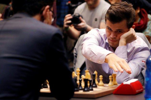 Championnat du monde d'échecs: Magnus Carlsen prend une option sur la victoire