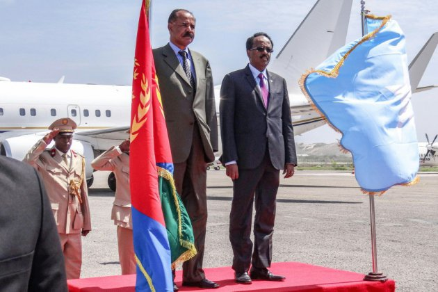 Le président érythréen rend visite à son homologue somalien, une première