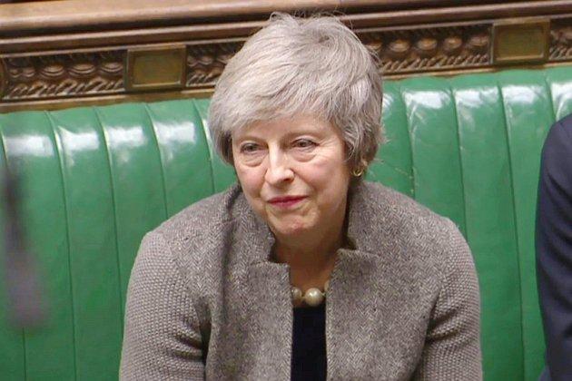 Theresa May accélère les préparatifs en vue d'un Brexit sans accord