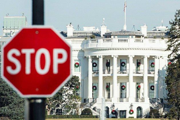 """Pas d'accord en vue: les Etats-Unis s'enfoncent dans le """"shutdown"""""""
