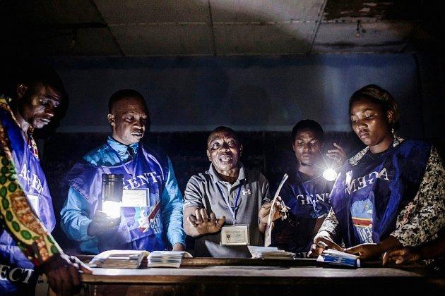 RDC: dans l'attente des résultats, les enjeux d'une élection historique