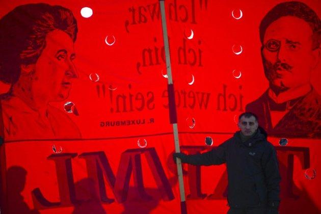 Une gauche morose commémore Rosa Luxemburg, tuée il y a 100 ans