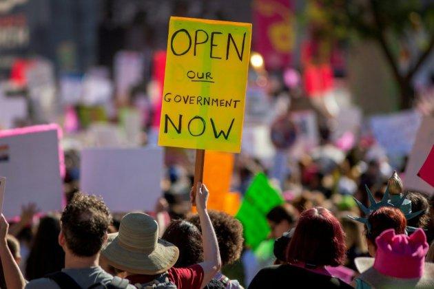 """Le Sénat vote jeudi pour arrêter le """"shutdown"""", sans réel espoir d'avancée"""