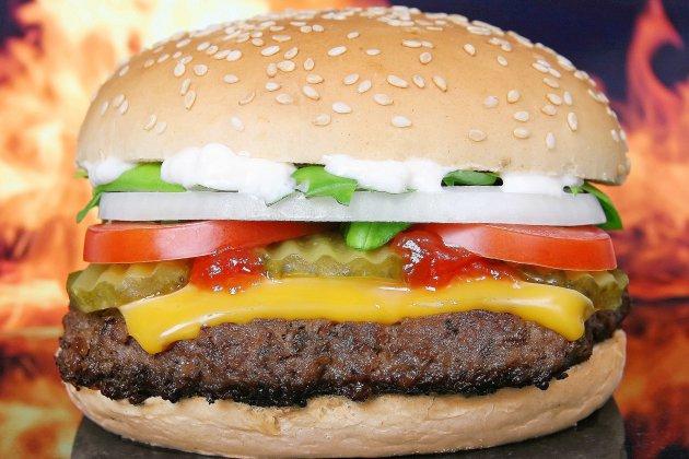 Hors Normandie. Un bar de Nîmes propose un burger