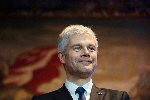 Européennes: Wauquiez fait fi des sceptiques et propose Bellamy
