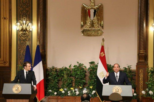 """Droits humains en Egypte: """"stabilité"""" et """"respect des libertés"""" vont de pair (Macron à Sissi)"""