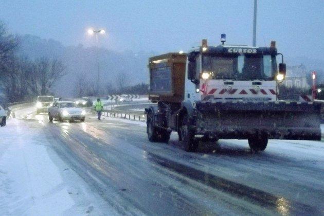 Neige: circulation perturbée sur les rails et sur la route dans l'Eure