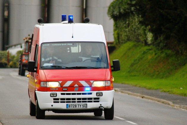 Calvados: une femme accouche dans une ambulance grâce à trois pompiers
