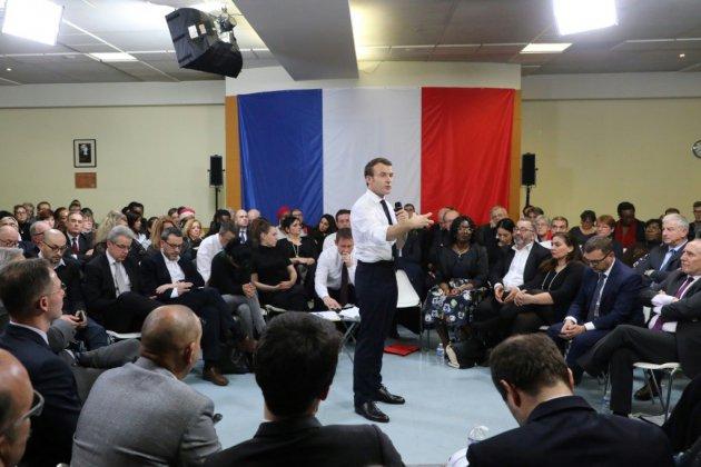 Grand débat: Macron annonce un