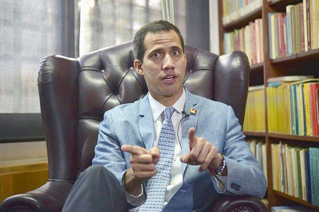 Venezuela: Guaido n'écarte pas une intervention militaire des Etats-Unis si nécessaire