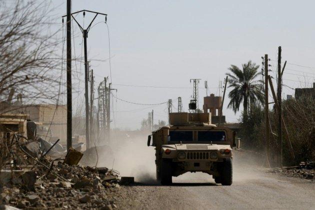 """Syrie: """"violents combats"""" dans l'utime réduit de l'EI"""