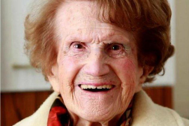 La Manche invite Maryse, 111 ans, à venir découvrir le Mont-Saint-Michel