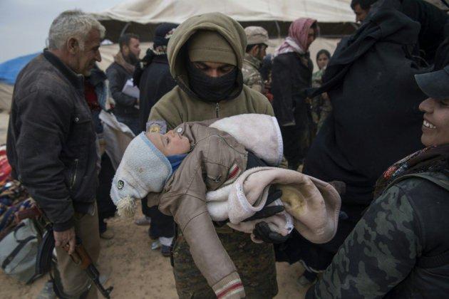 Syrie: de nombreux civils présents dans le dernier réduit de l'EI
