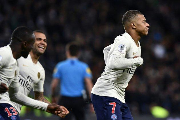Ligue 1: Mbappé prolonge l'état de grâce du PSG dans le