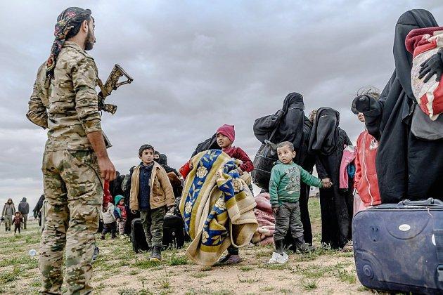 Syrie: nouvelles évacuations du carré jihadiste avant l'ultime bataille