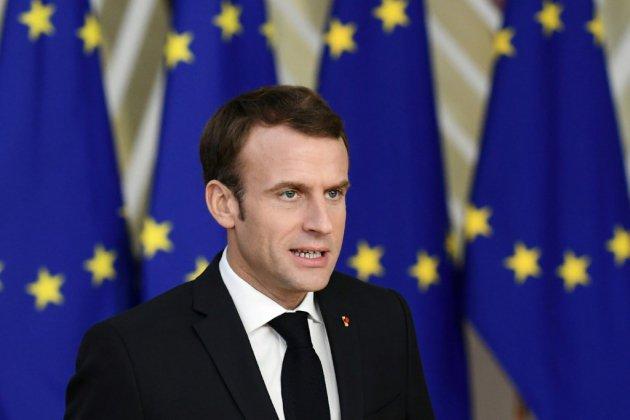 """Macron s'adresse aux Européens pour donner une """"impulsion"""" à sa campagne"""