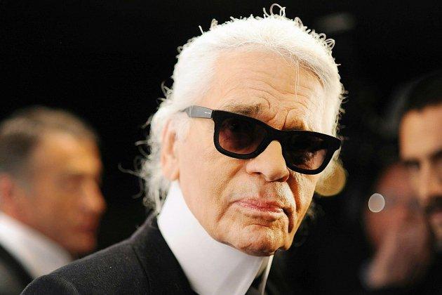 Chanel dévoile la dernière collection dessinée par Karl Lagerfeld
