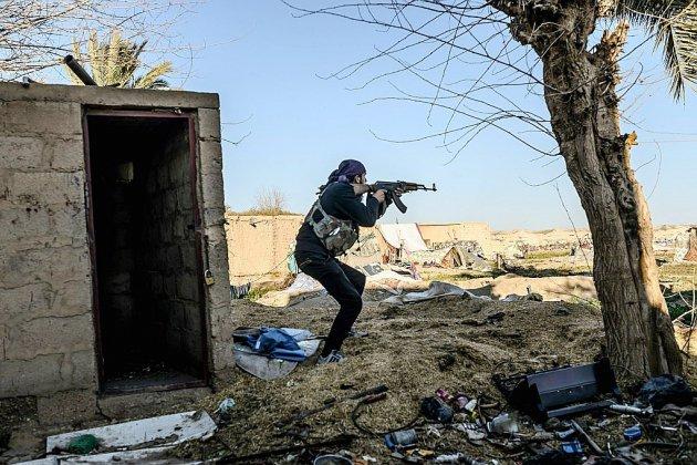 En Syrie, les forces antijihadistes ralentissent leur assaut contre l'EI