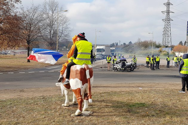 Gilets jaunes : un arrêté pour interdire les manifestations au rond-point des Vaches