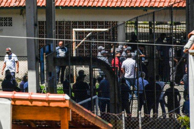 Tirs dans un collège au Brésil : 10 morts, dont les deux assaillants