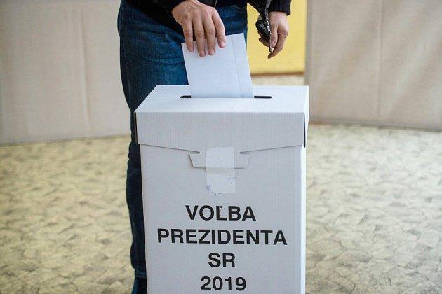 La libérale Caputova en tête de l'élection présidentielle en Slovaquie
