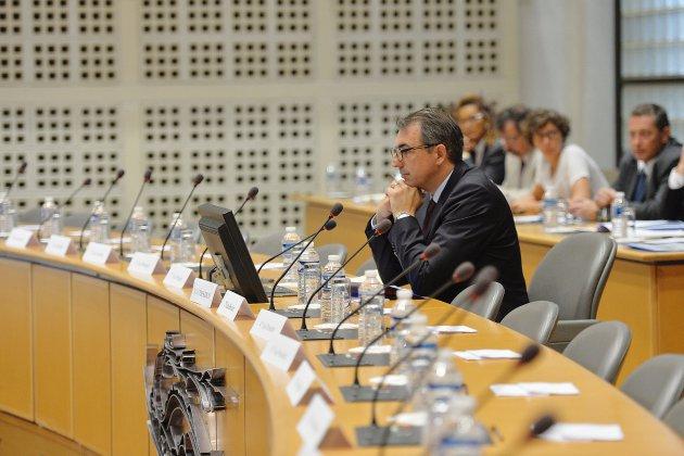 LucLemonniernu sur une photo: le maire du Havre porte plainte