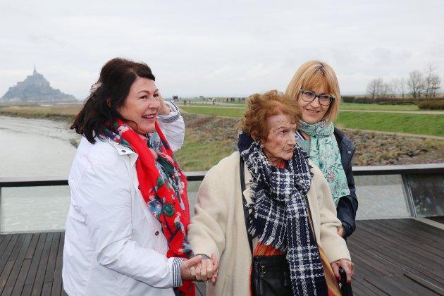 Maryse, 111 ans, réalise son rêve: voir le Mont-Saint-Michel